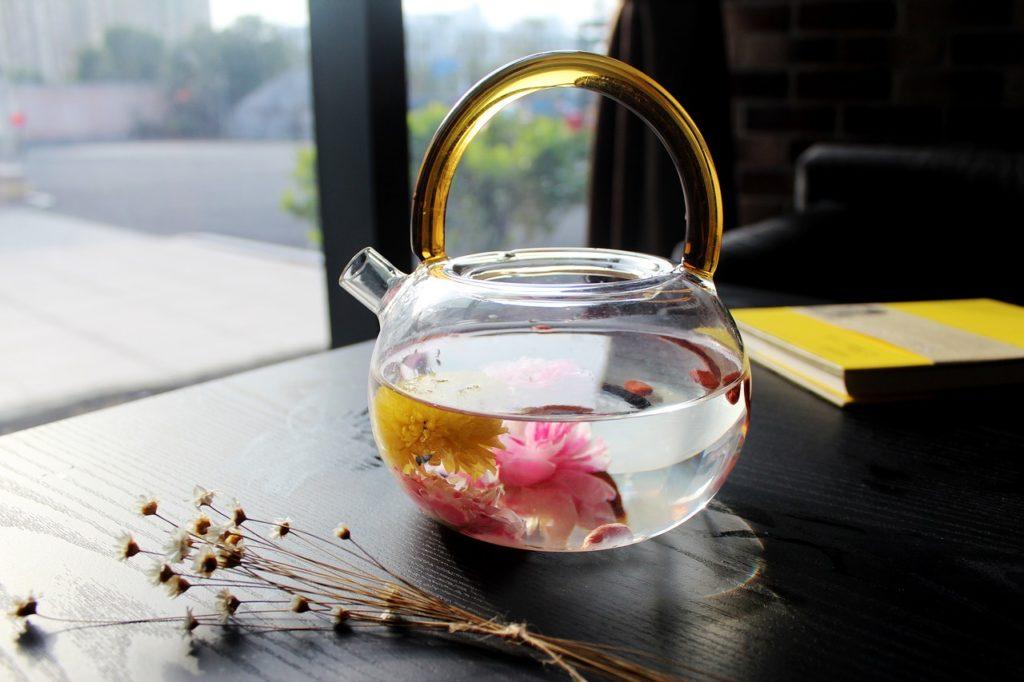 tea-rose-corolla-1871837_1280