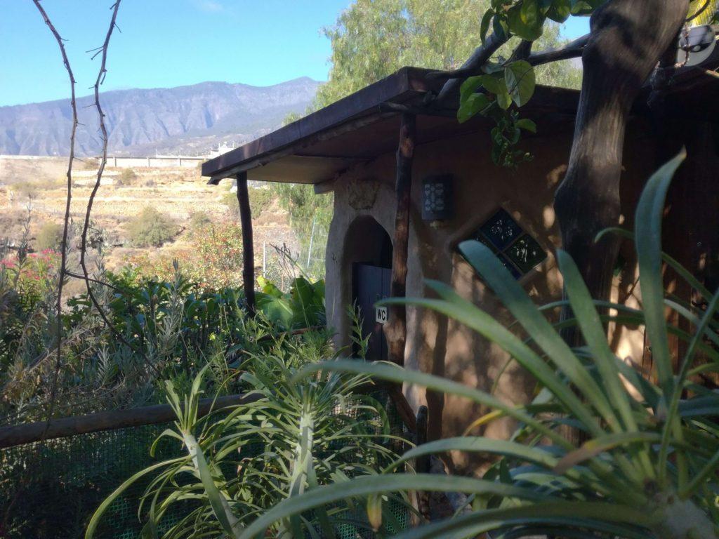 eko záchod a srpcha v Manantial de Tara